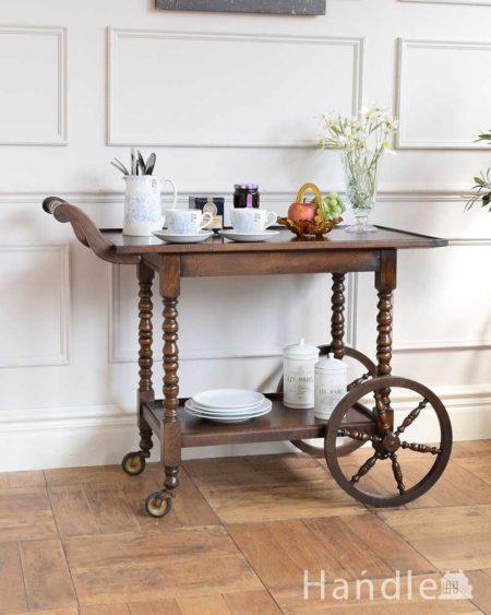 イギリスの木製アンティークワゴン